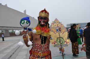 Glu with Peking opera´s actor